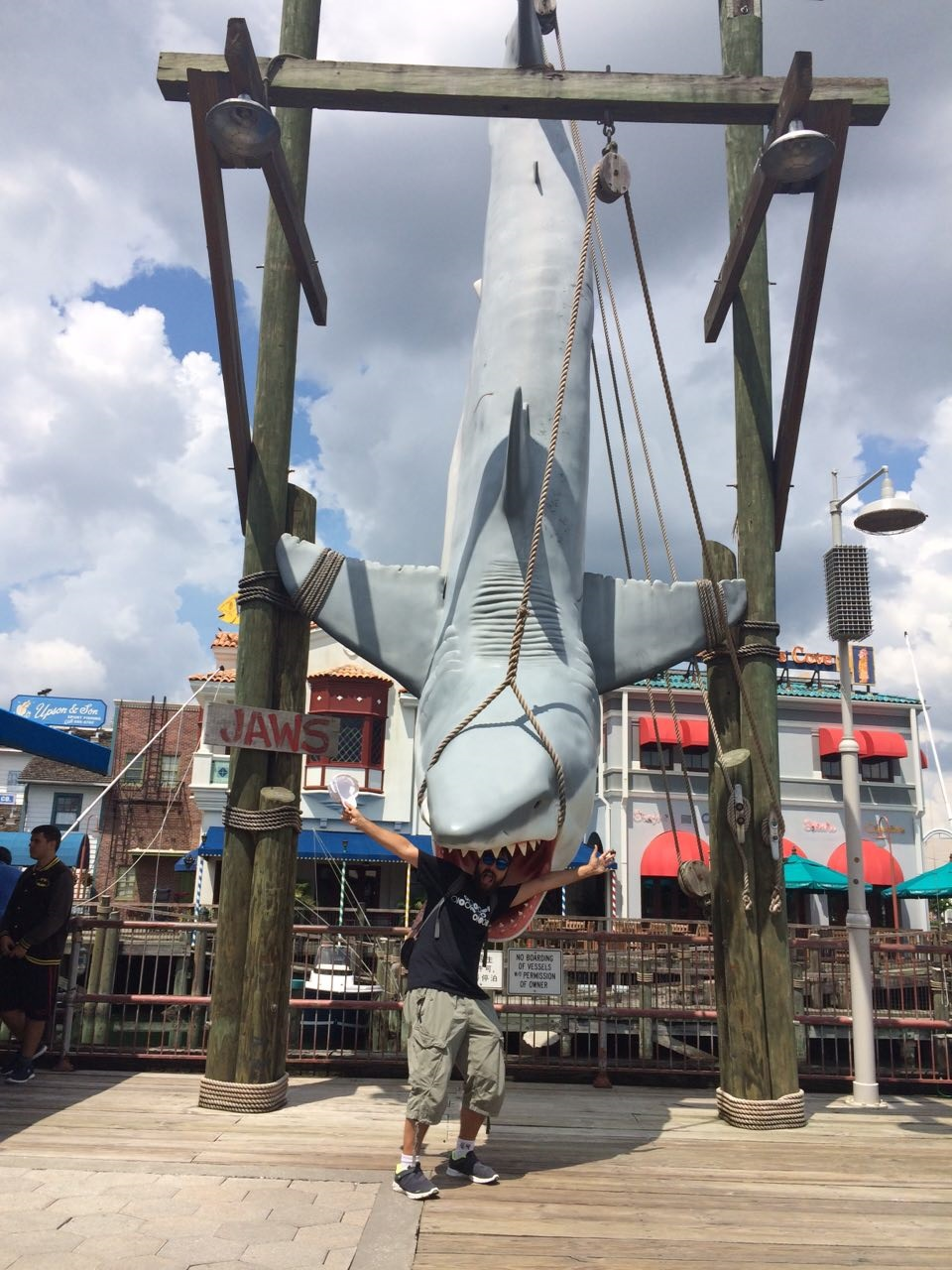 tiburon universal orlando