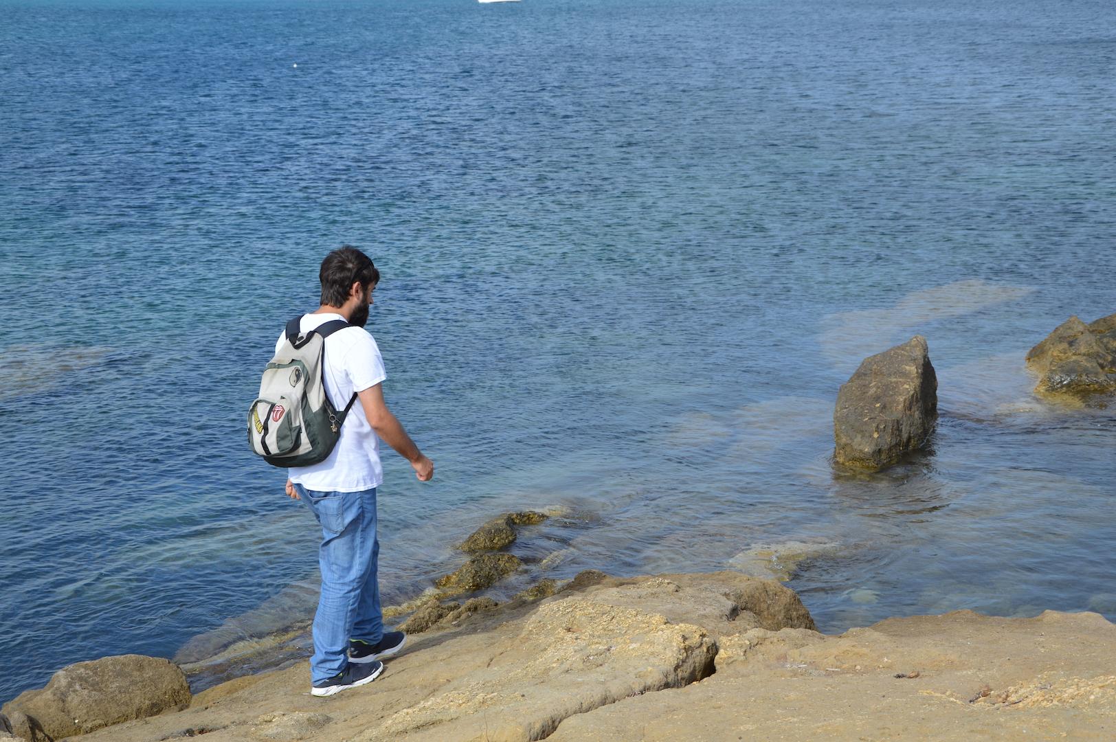 Tabarca Carballo en las rocas
