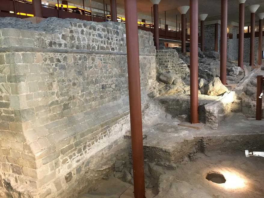 Cimientos del Alcazar de Toledo