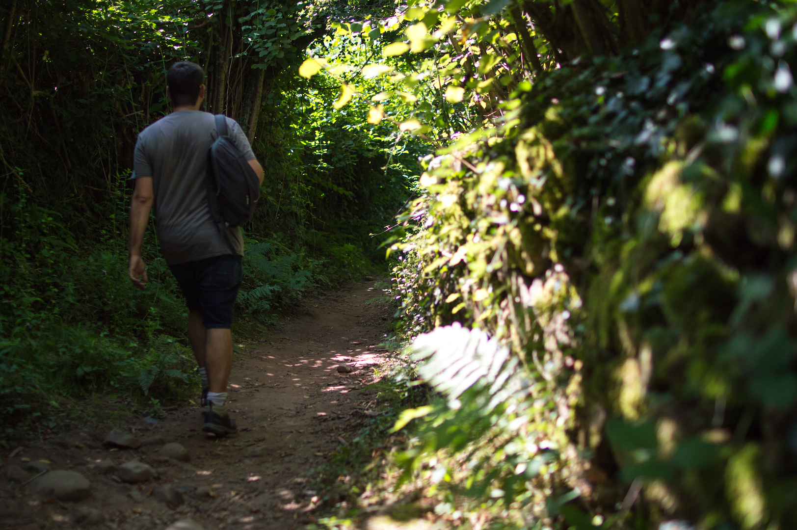 Caminando hacia Cascada Xorroxin