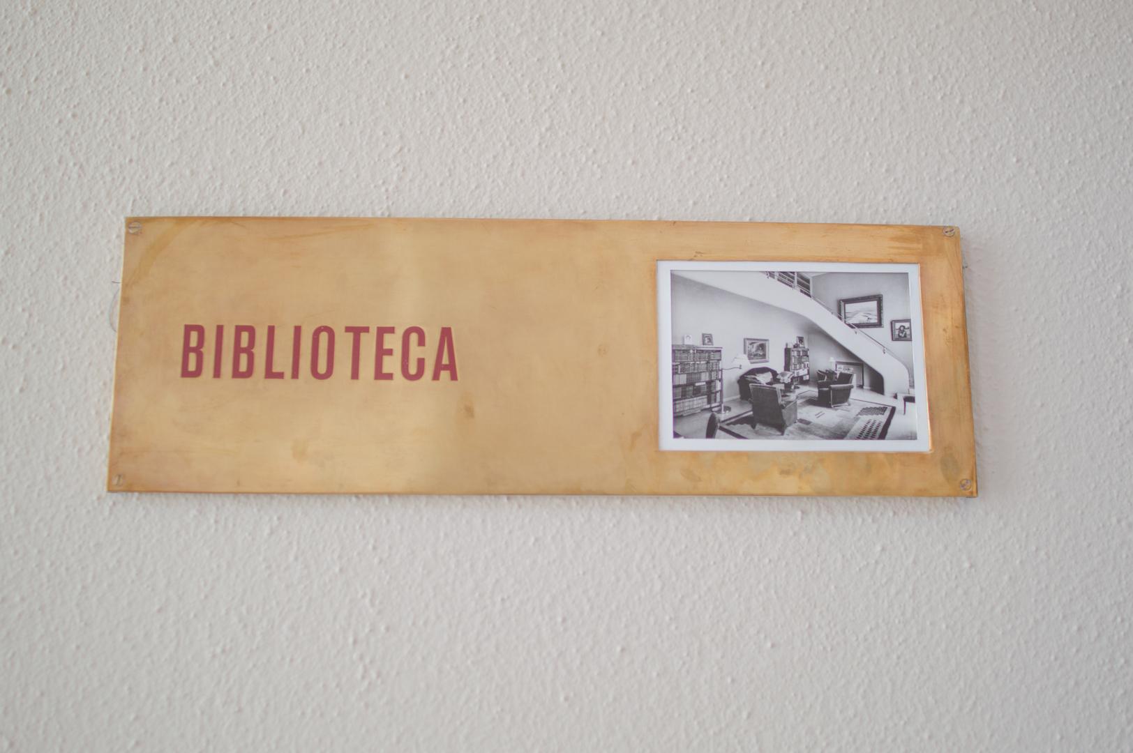 Biblioteca Casa Serralves